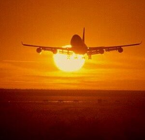 l_aereo-tramonto