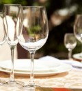 tavolo-ristorante-generica-bicchieri