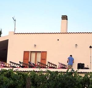 Una terrazza al secondo piano per il primo aperi t all - Ospite in casa legge ...